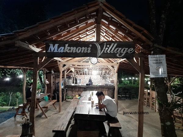 Maknoni Village Cafe, Kuliner Asyik Di Persawahan Bandar Lampung