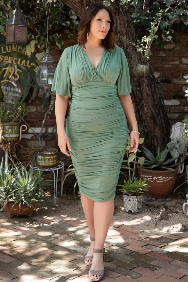 Plus Size Dresses To Wear To a Wedding -