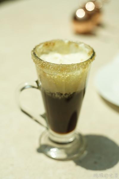 [澳門網美咖啡廳]Louvre Café 羅浮咖啡-透明王座好好拍 新濠天地IG網美景點 – 跳躍的宅男