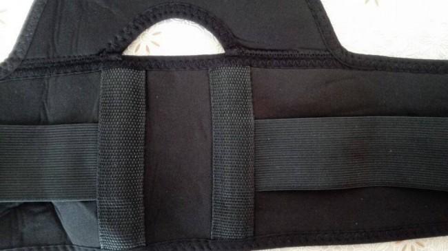 2 batang plet lembut bagi menyokong belakang pemakai