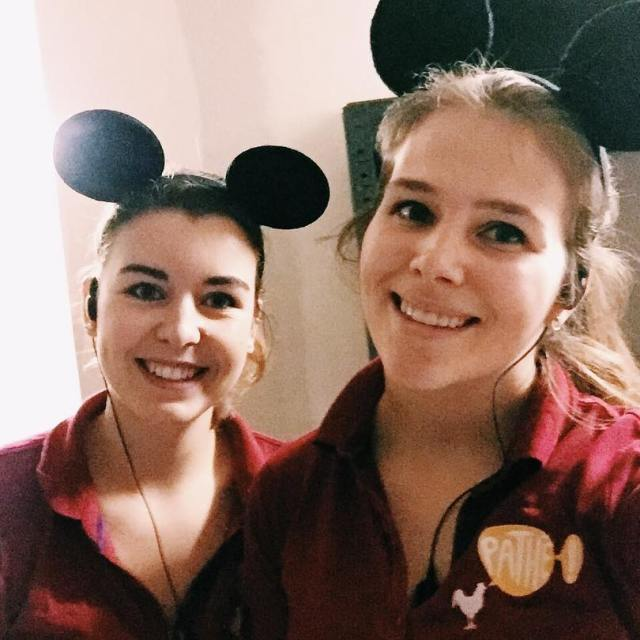 Wanneer je Mickey mouse oortjes vindt op werk en jehellip