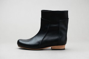 Ankle boot Alma Black Version by JUNE9
