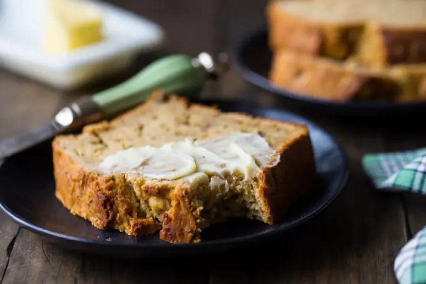 Leftover zucchini in your fridge? Turn it into a fluffy bread! Check out these 20 best zucchini bread recipes by fellow food bloggers...