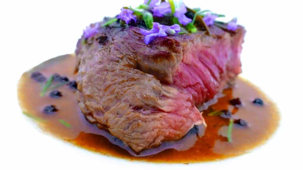 Check out this surprisingly flavorful lavender steak: start cooking with lavender and step up your cooking skills even more!