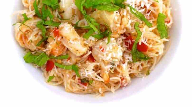 Kerabu bee hoon: a Nyonya recipe with cincalok, prawns and rice vermicelli... A noodle dish straight from Penang, Malaysia!