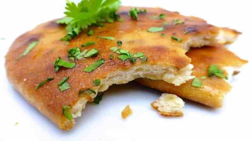 This naan bread recipe is perfect! I made it numerous times and it never failed. Result: a gorgeously crunchy, flavorful and light bread!