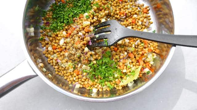 Crunchy vegetables and lentils in a creamy mustard and honey sauce, the perfect French lentil salad and a great side dish!