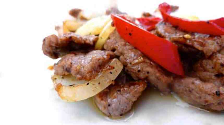 This delicious Thai pepper steak recipe is a spicy Thai beef stir fry and a great alternative for your next steak dinner!
