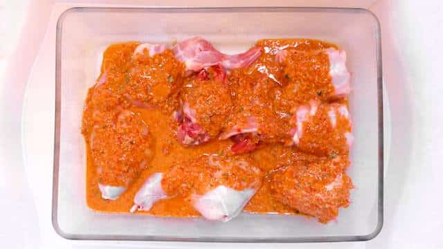 Delicious rabbit in salmorejo sauce, a Canarian signature dish! Try out this Spanish delight: very few ingredients needed!
