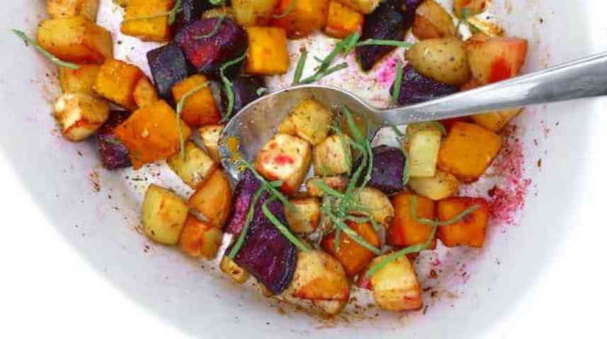 Roasted root vegetables: beetroot, parsnip, pumpkin, potatoes and garlic... what a colorful vegetable medley and a great side dish!