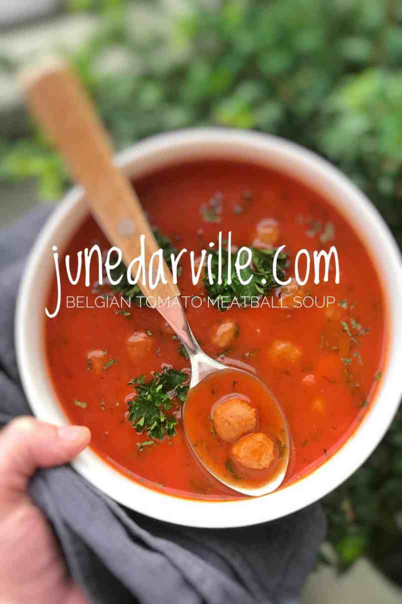 Here's another Belgian classic: 'tomatensoep met ballekes' or traditional tomato meatball soup... My favorite soup when I was a child!