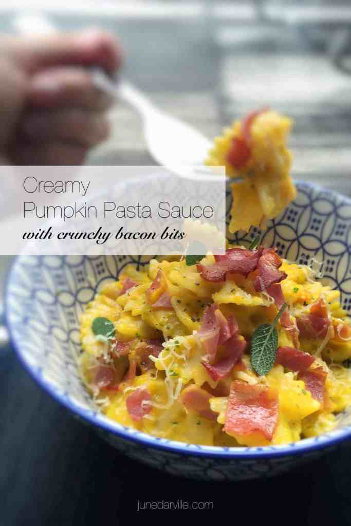 You will love this pumpkin pasta sauce with cinnamon and crunchy crisp grilled bacon! Pumpkin just cries out for butter, sage and bacon... Don't you think so?