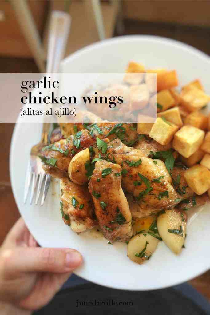 Are you familiar with the Spanish classic pollo al ajillo? Then you will know what these pan fried garlic chicken wings in white wine are about! Enjoy this one!