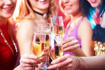 Mdelsparty  Feiern unter Frauen am Junggesellinnenabschied