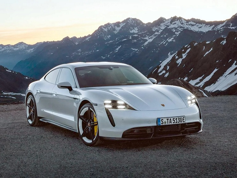 Nouvelle Porsche Taycan, la voiture du sport automobile électrique
