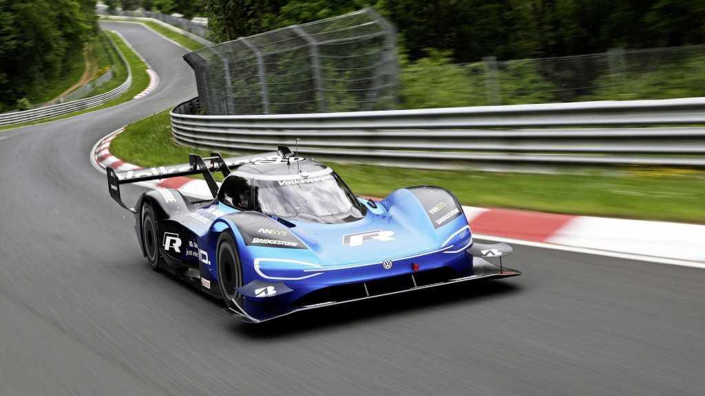 Image montrant la nouvelle voiture électrique du sport automobile : VW ID_R
