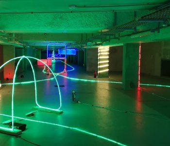 Deuxième image du parking de l'ESATCA pour la course de drone de l'ESTACA Modélisme