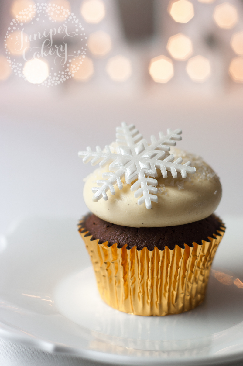 Christmas cupcakes by Juniper Cakery
