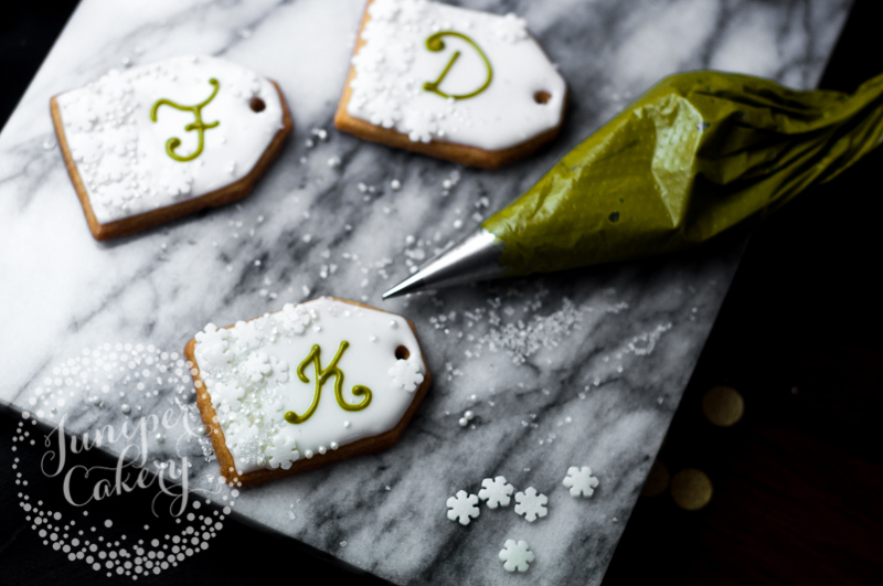 Make these Christmas gift tag cookies for friends and family