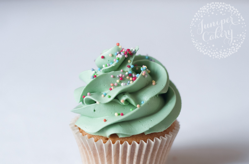 Tips for perfect buttercream by Juniper Cakery