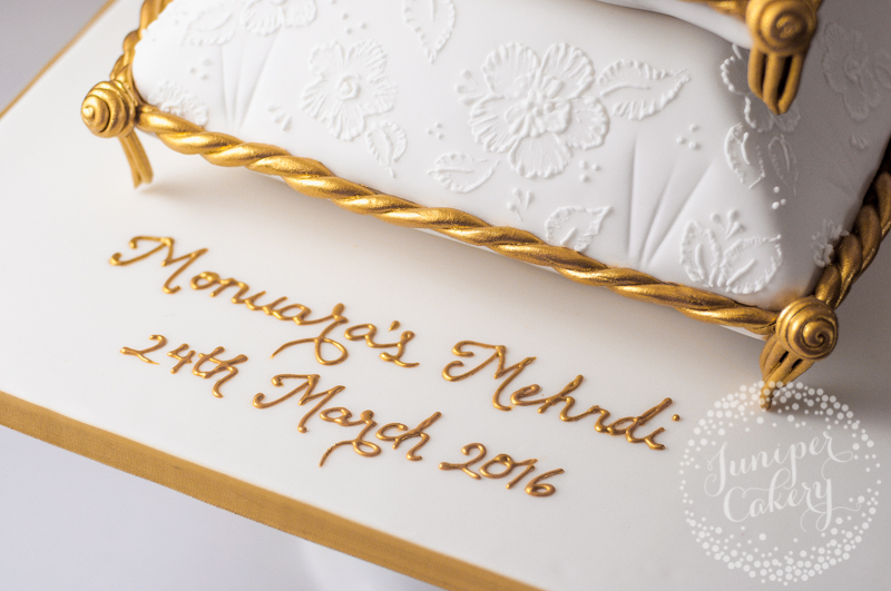 24k gold piping by Juniper Cakery