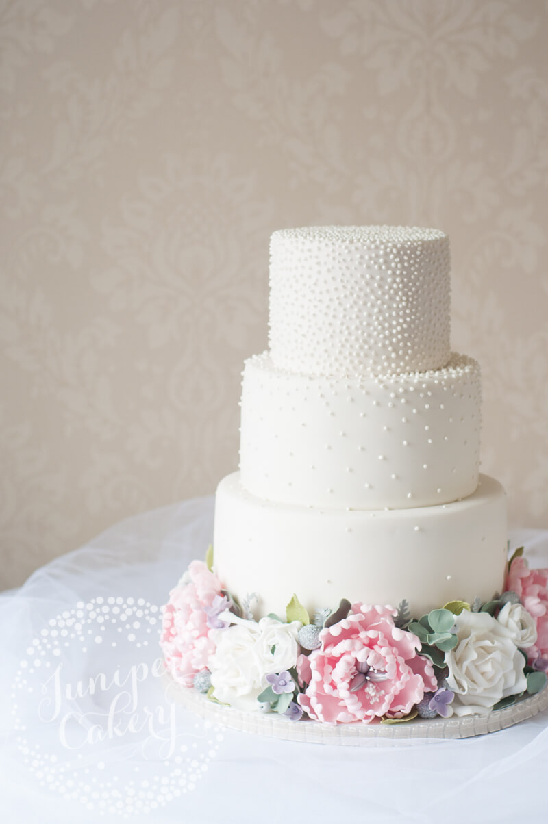 peony wedding cake ideas pearl studded peony and wedding cake 18192