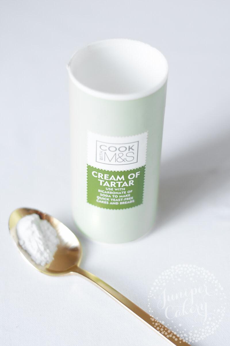 How to create mocha meringues