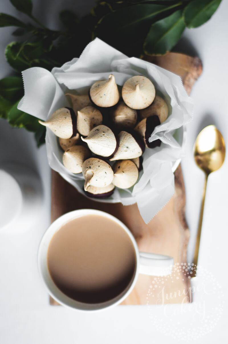 Homemade meringue kisses recipe