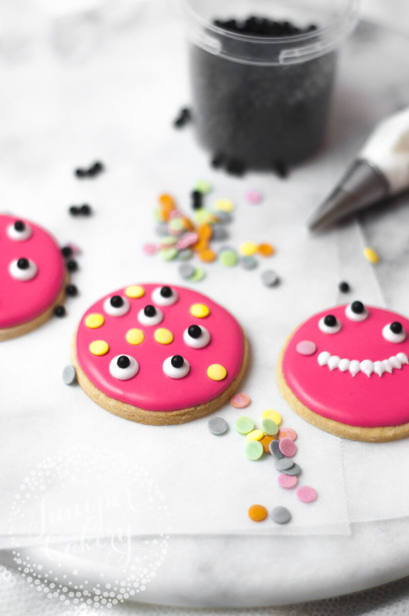 Easy monster cookie tutorial