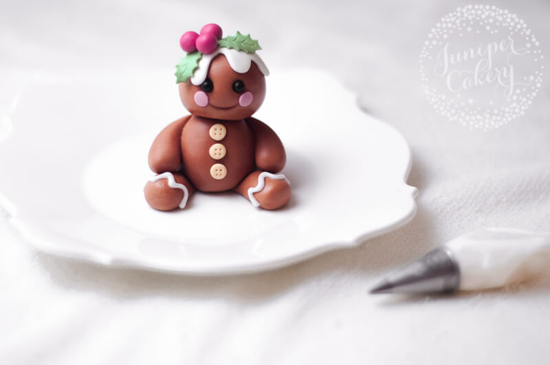 Fondant gingerbread character tutorial for Christmas