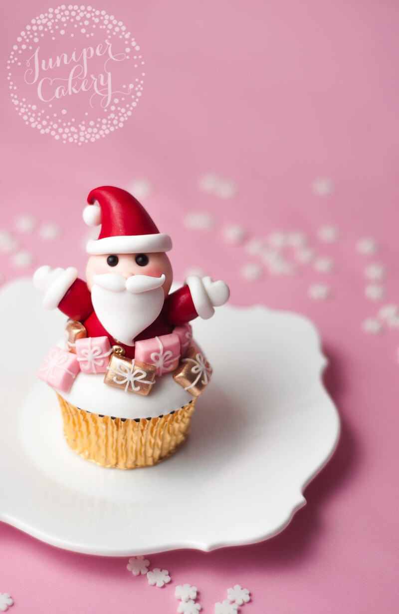 How to make a Santa cupcake