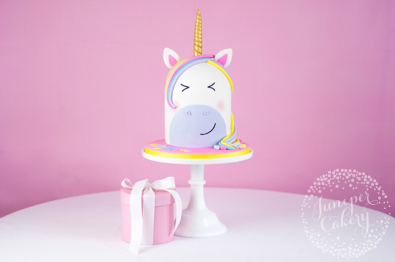 Unicorn cake tutorial by Juniper Cakery