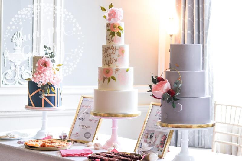 Beautiful wedding cakes at Saltmarshe Hall by Juniper Cakery