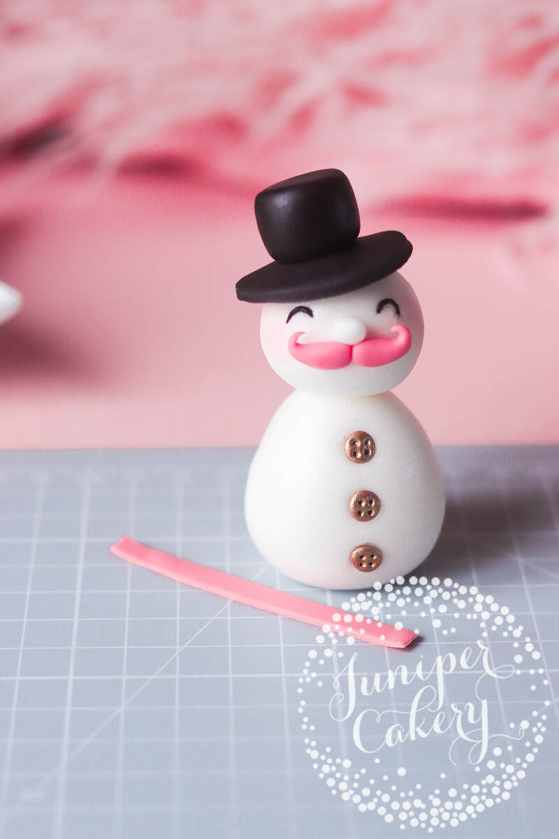 Edible Christmas figure tutorial
