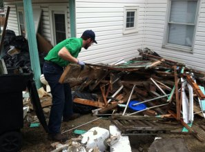 Residential construction debris removal services