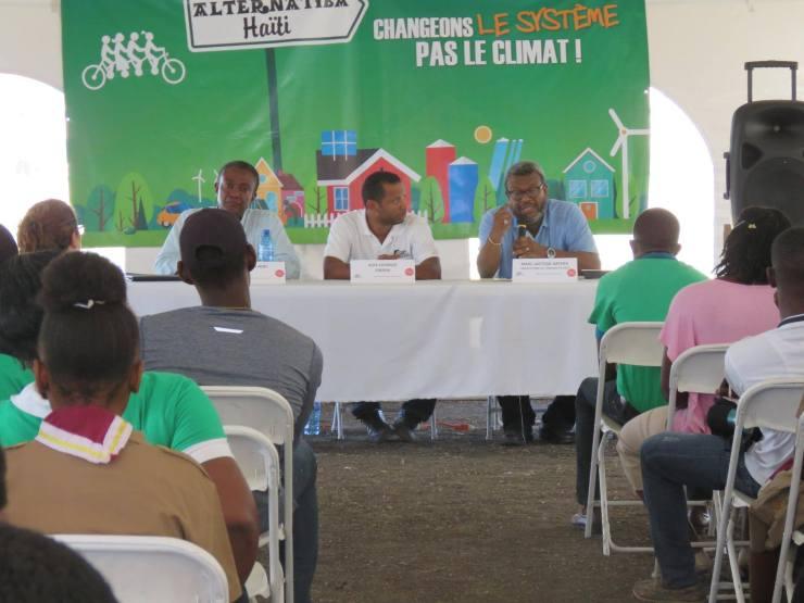 Le village Alternatiba veut agir contre le phénomène de la dégradation de l'environnement 34