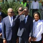 Jovenel Moïse accueille chaleureusement les Grenadières 34