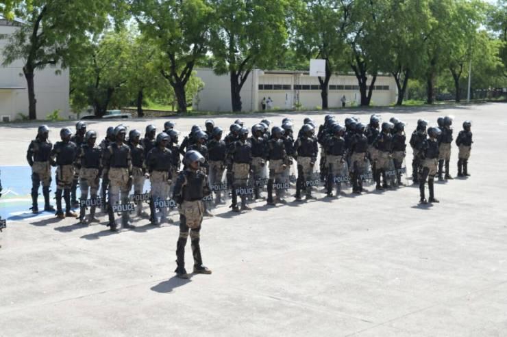 Haïti / Sécurité : 106 policiers 99 hommes dont 7 femmes viennent de renforcer les rangs du CIMO 41