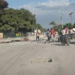FLASH : La tension monte à Lilavois, des protestataires bloquent la route principale 29