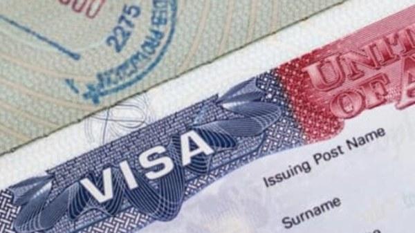 Trump gèle les visas de travail jusqu'en 2021