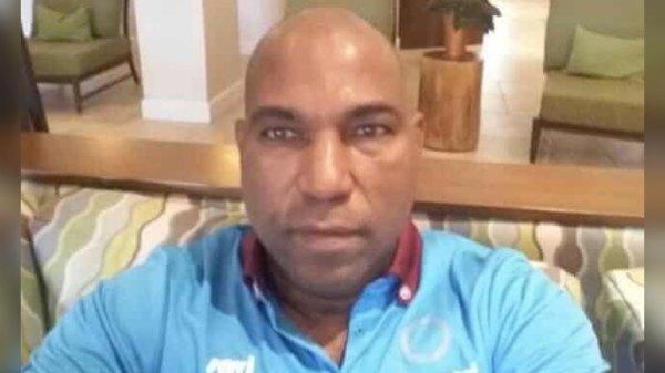 FHF: La FIFA suspend provisoirement le président de la commission des arbitres, Rosnick Grant