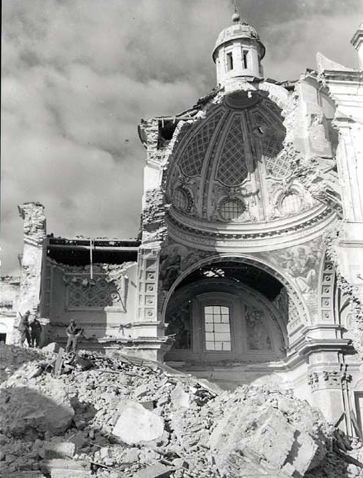 The San Tommaso Cathedral in Ortona was literally gutted during the December 1943 fighting.