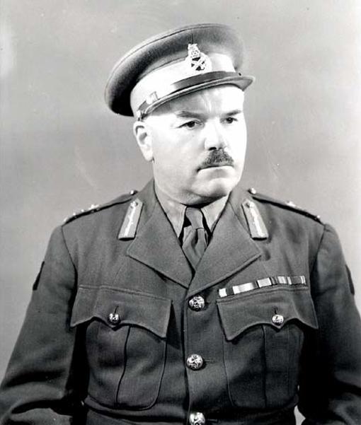 Le major-général J.H. Roberts vers 1942.