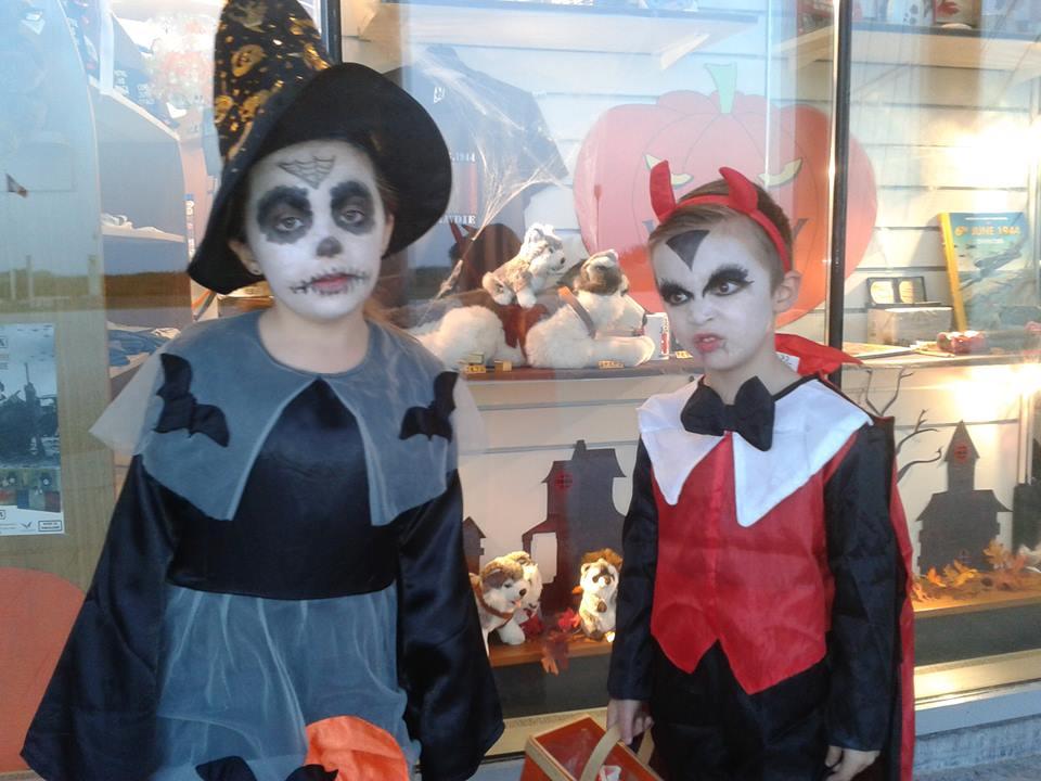 share this - Juno Halloween
