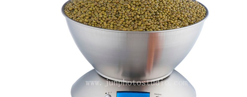 Cantonfair China product photographer KITCHEN SCALE with green lentils