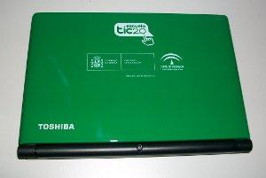 Portátil J.A. Toshiba NB500