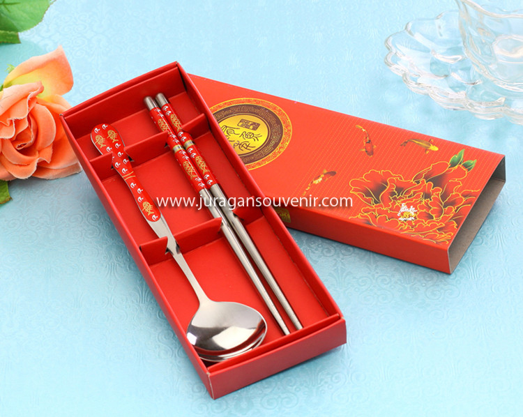 Detail Produk  Pcs Spoon Chopstick Red Packing