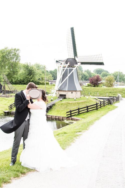 Trouwfotograaf: Bruiloft fotografie in Zuiderzee museum Enkhuizen Flevoland