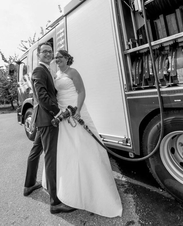 Terugblik op een mooie bruiloft met spectaculaire trouwauto!   #fotograaf #fotografie #trouwfotograaf #bruidsfotograaf #trouwfotografie #bruidsfotografie #verloofd #huwelijksfotograaf #ikgatrouwen #bruiloftsfotograaf #trouwinspiratie #trouwenin2021  #huwelijksfotografie #wijgaantrouwen  #trouwen #huwelijk #bruiloft #bruiloftinspiratie  #trouwen2021 #trouwleveranciers  #safethedate  #love #liefde #wedding #trouwbeurs