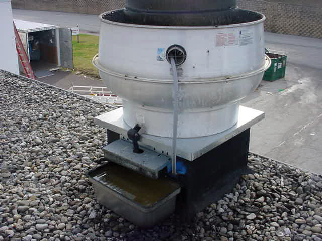 Rooftop Grease Containment 1